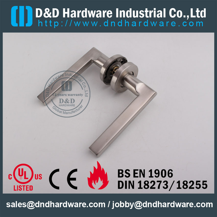 D&D Hardware-Investment Cast Solid lever handle DDSH023