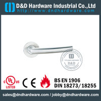 Grade 304 Mitred Silver Lever Handle for Exterior Double Doors-DDTH025